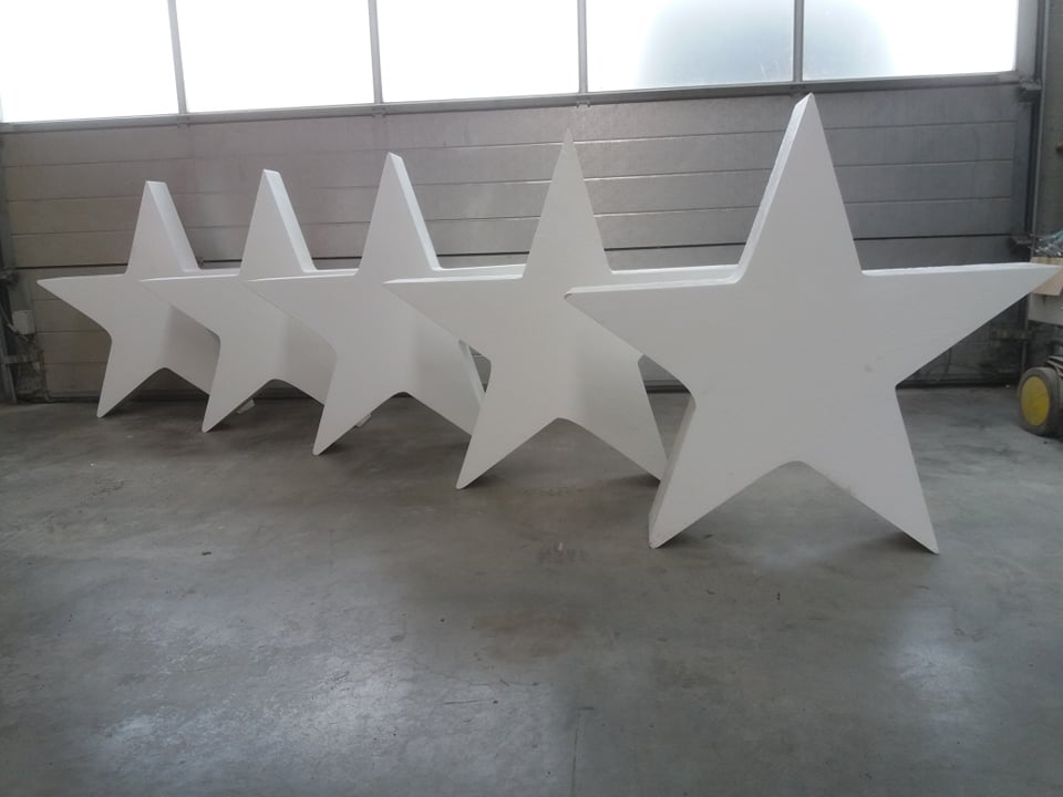 image of star in styrofoam, big star in styrofoam, star in eps, star in polystyrene, star in polystyrene, props, propmaking, theater supplies, set decoration, propsmaster, decor, custom props, customade props, propmaking, propbuilding